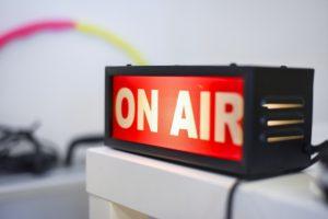 ポッドキャスト(Podcast)の配信制作方法!ダウンロード解析までのやり方